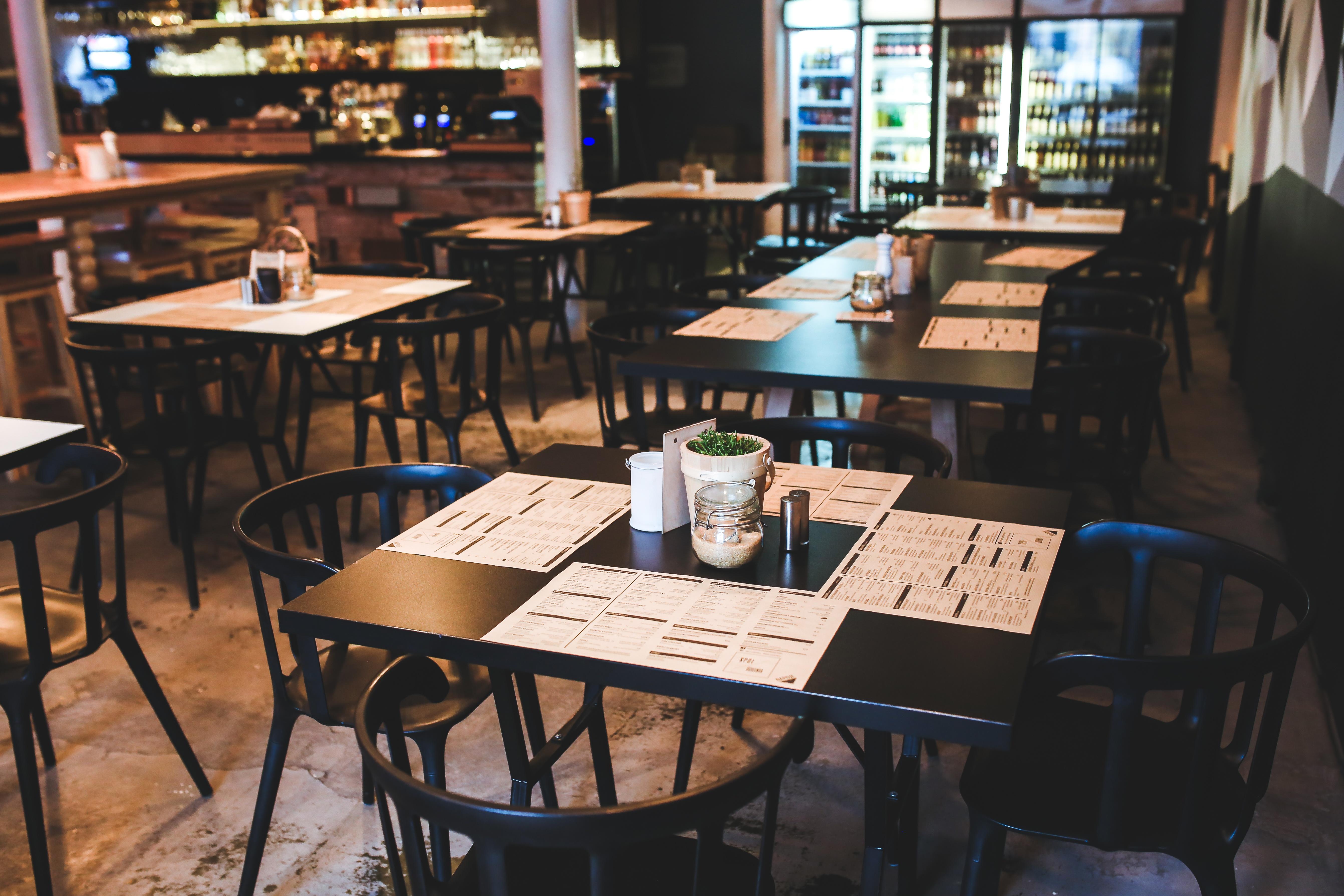 menu-restaurant-vintage-table (1).jpg